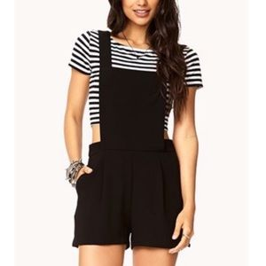 CUTE BLACK OVERALL SHORTS WITH CLOTH MATERIAL